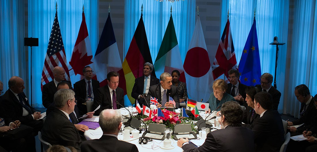 President Barack Obama holds a G7 Leaders Meeting to discuss the situation in Ukraine, at the Prime Minister's residence in The Hague, the Netherlands, March 24, 2014. (Official White House Photo by Pete Souza)