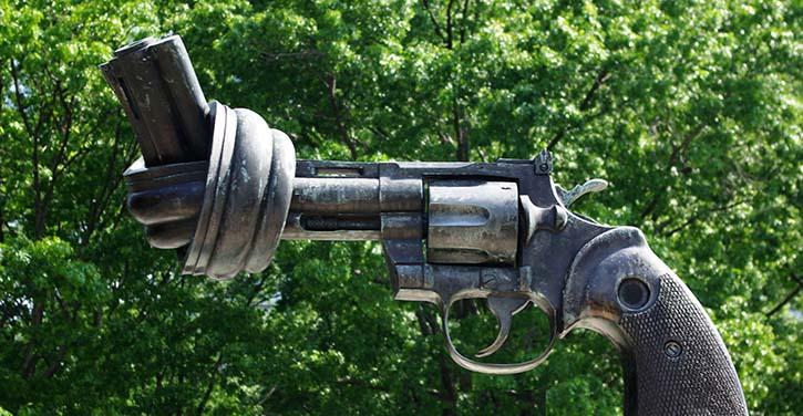 Guns and Human Rights: U.S. Violates International Human Rights Law